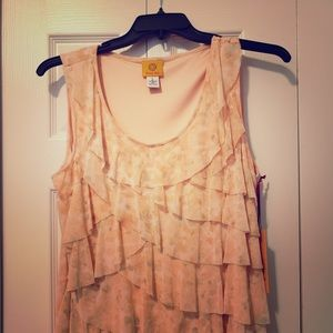 Beautiful peach Ruby Road flutter tank, NWT!